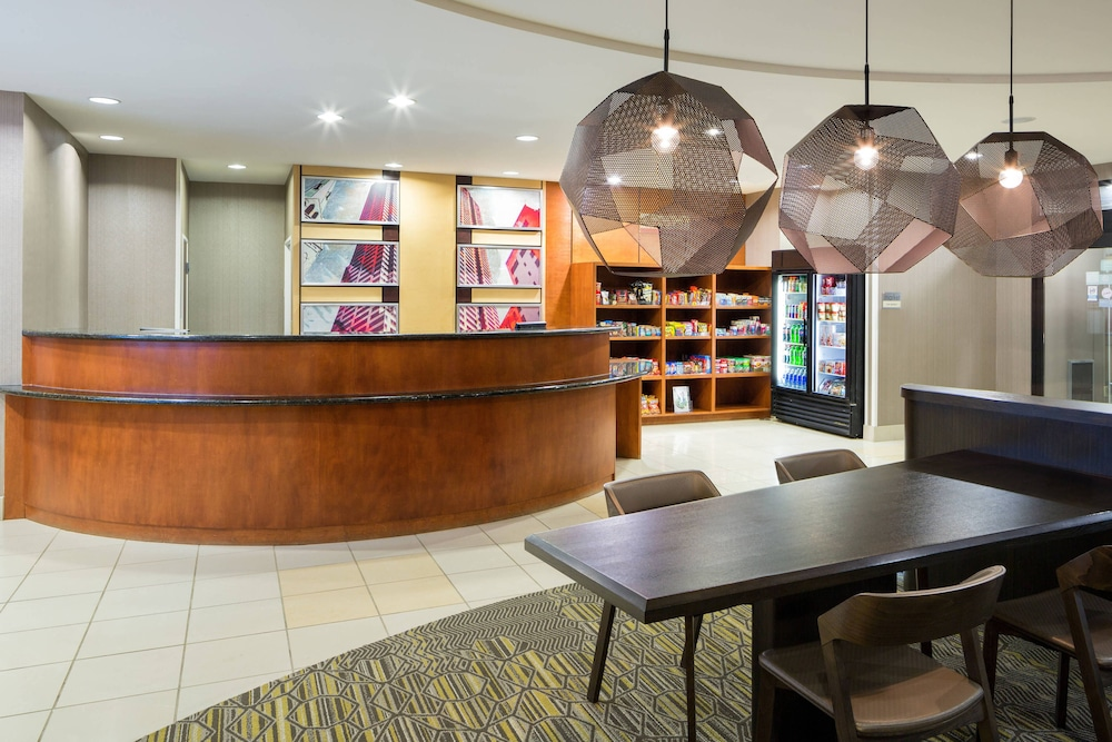 Lobby, SpringHill Suites by Marriott Indianapolis Fishers