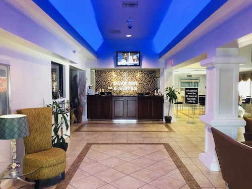 Check Expedia for Availability of Days Inn & Suites by Wyndham Lakeland