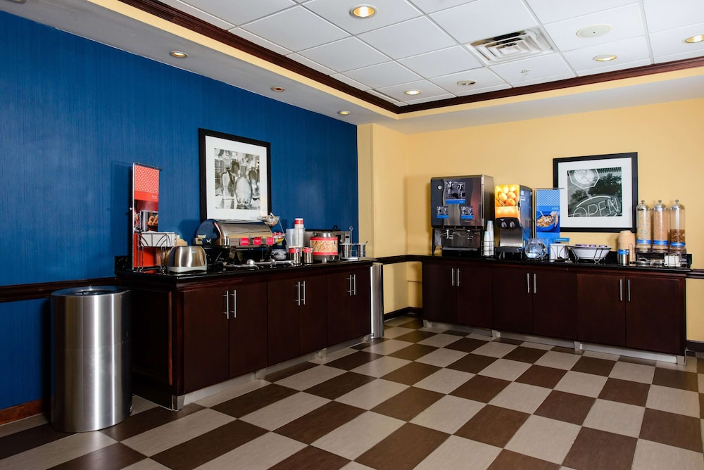 Restaurant, Hampton Inn & Suites Port Arthur
