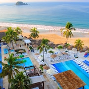 Fontan Ixtapa Beach Resort