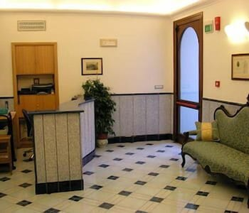 Reception, Hotel Floridiana