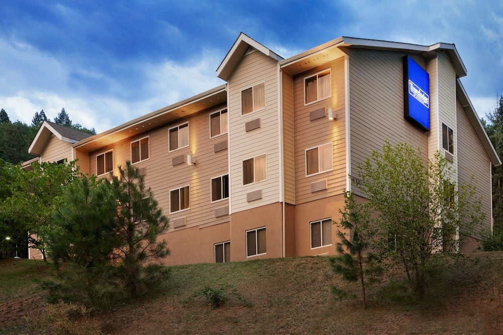 Featured Image, Travelodge by Wyndham Dunsmuir