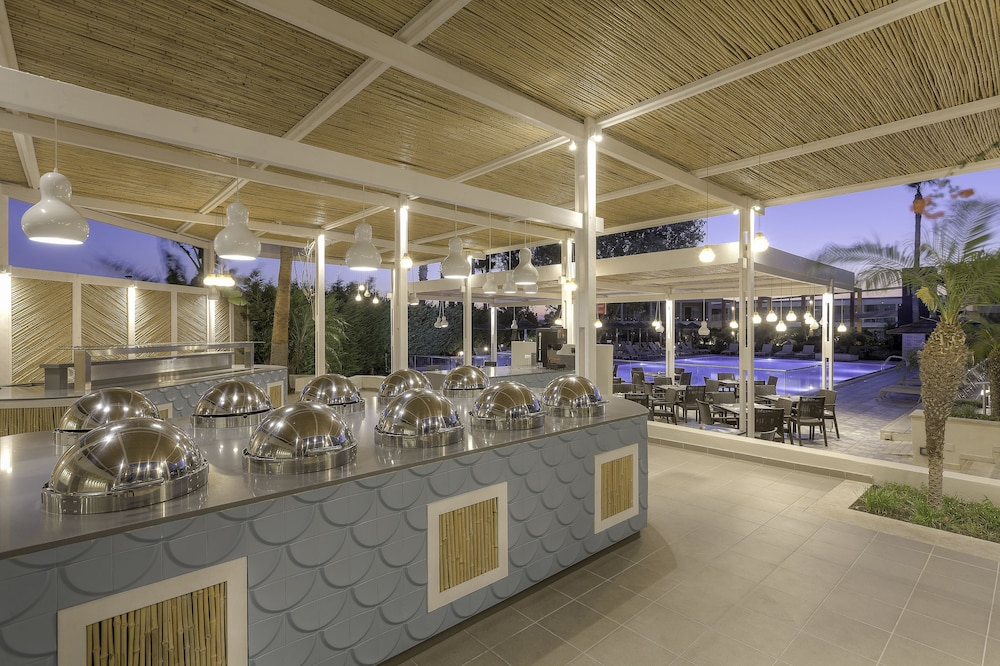 Restaurant, Blue Lagoon Resort - All Inclusive