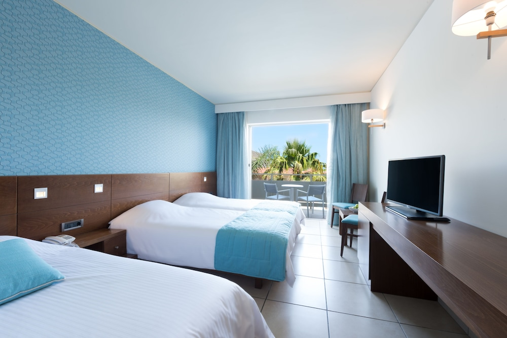 Room, Blue Lagoon Resort - All Inclusive