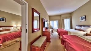 Caja fuerte, cortinas opacas, tabla de planchar con plancha
