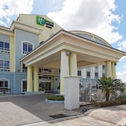 Holiday Inn Express Hotel & Suites Trincity Trinidad Airport