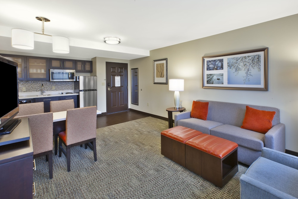 Room Amenity, Staybridge Suites Cleveland Mayfield Heights Beachwood