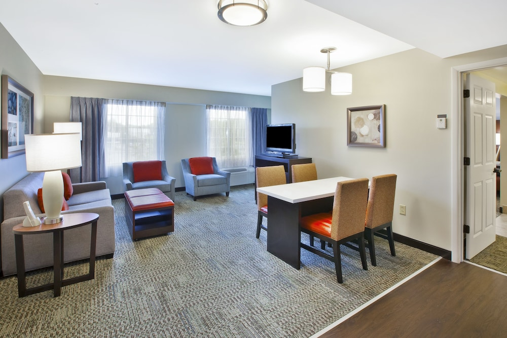 Room, Staybridge Suites Cleveland Mayfield Heights Beachwood