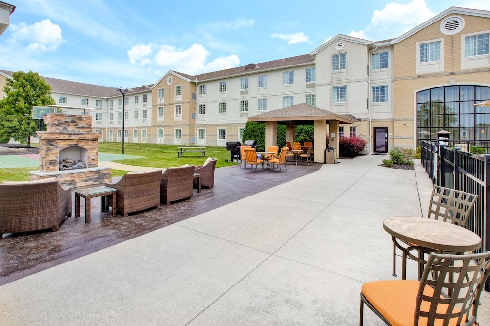 Terrace/Patio, Staybridge Suites Cleveland Mayfield Heights Beachwood