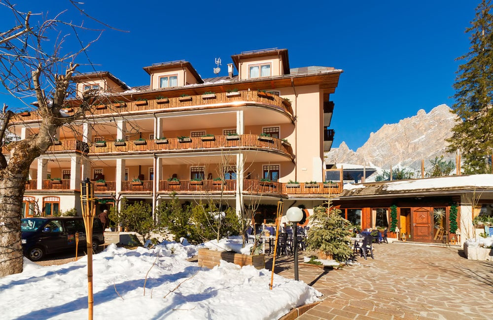 Boutique Hotel Villa Blu Cortina In Cortina D U0026 39 Ampezzo