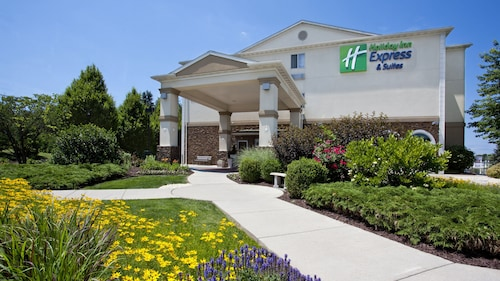 Holiday Inn Express & Suites Allentown West, an IHG Hotel