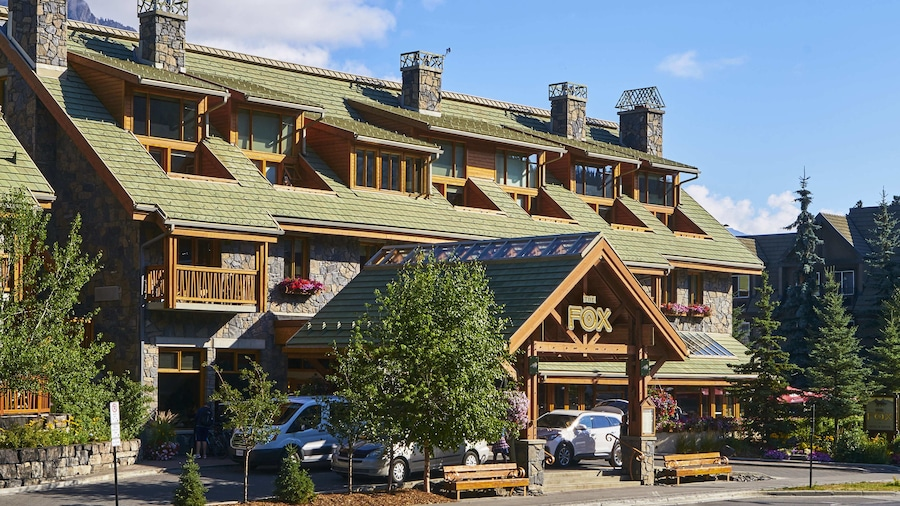 The Fox Hotel and Suites
