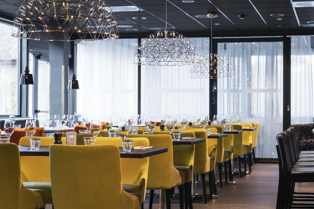 eskorte data romantisk restaurant i oslo