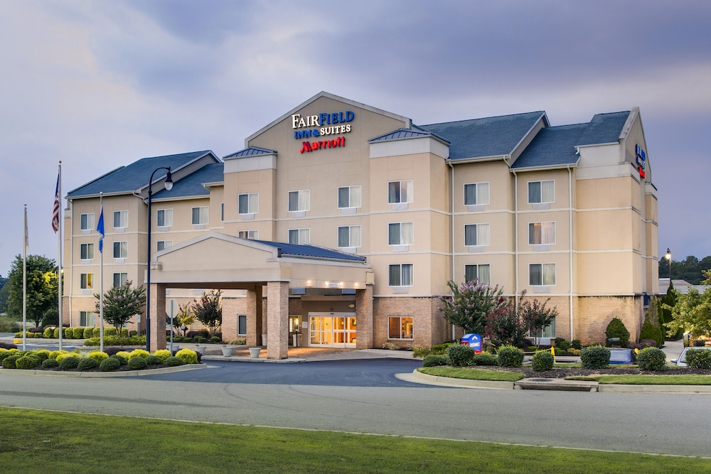 Front of Property, Fairfield Inn & Suites by Marriott South Hill