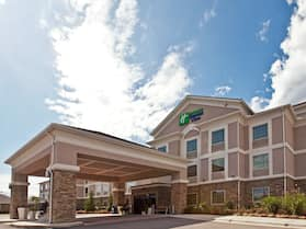 Holiday Inn Express Ada, an IHG Hotel