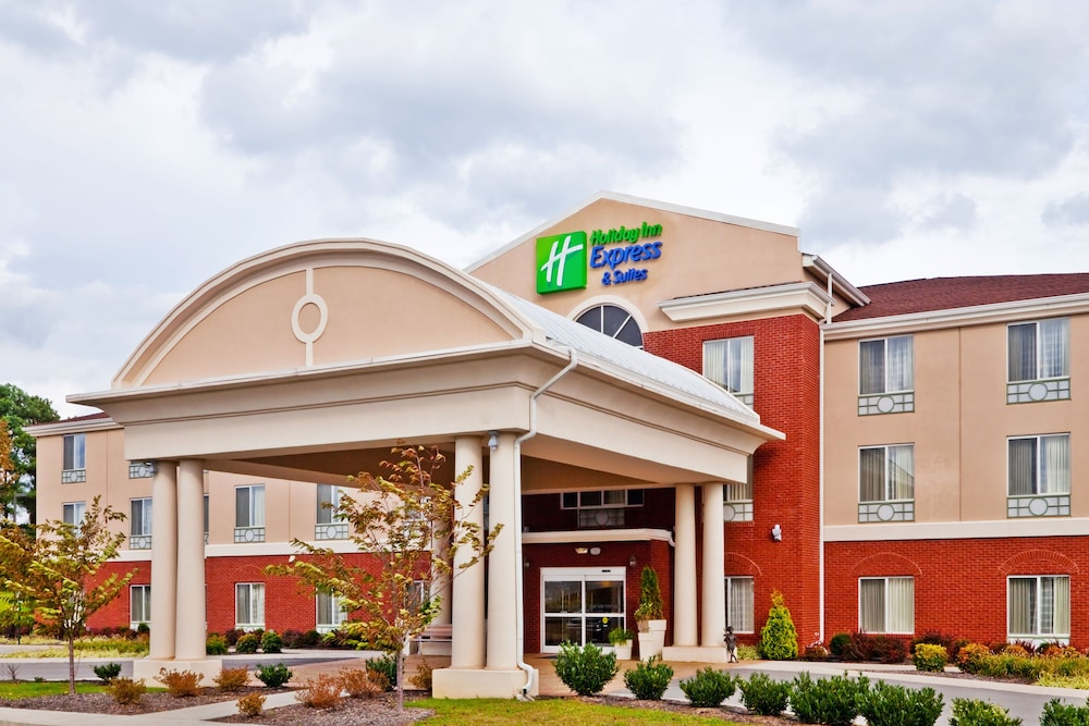 Exterior, Holiday Inn Express & Suites Dickson, an IHG Hotel