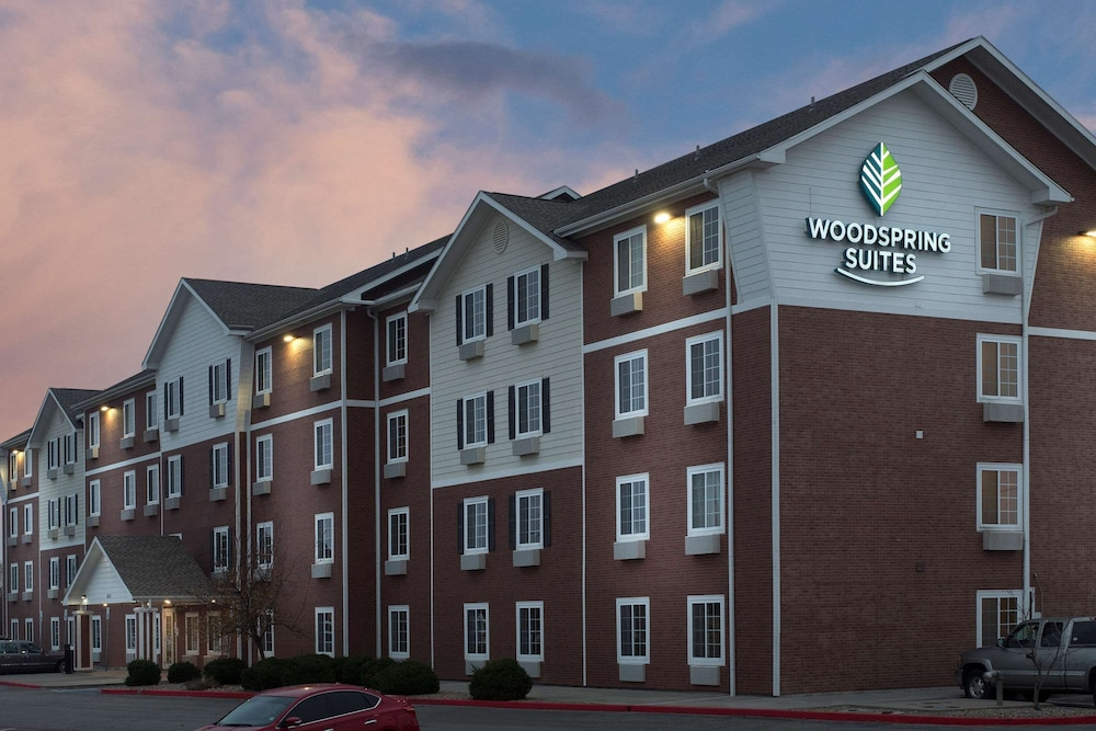 Exterior, WoodSpring Suites Oklahoma City Norman