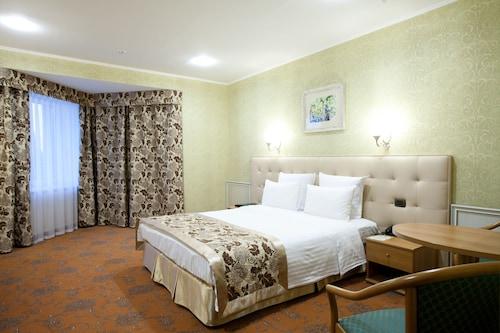 Berezka Hotel