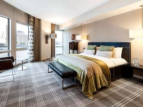 Radisson Blu Edwardian New Providence Wharf Hotel, London