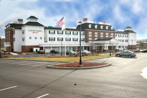 Courtyard by Marriott Hadley Amherst