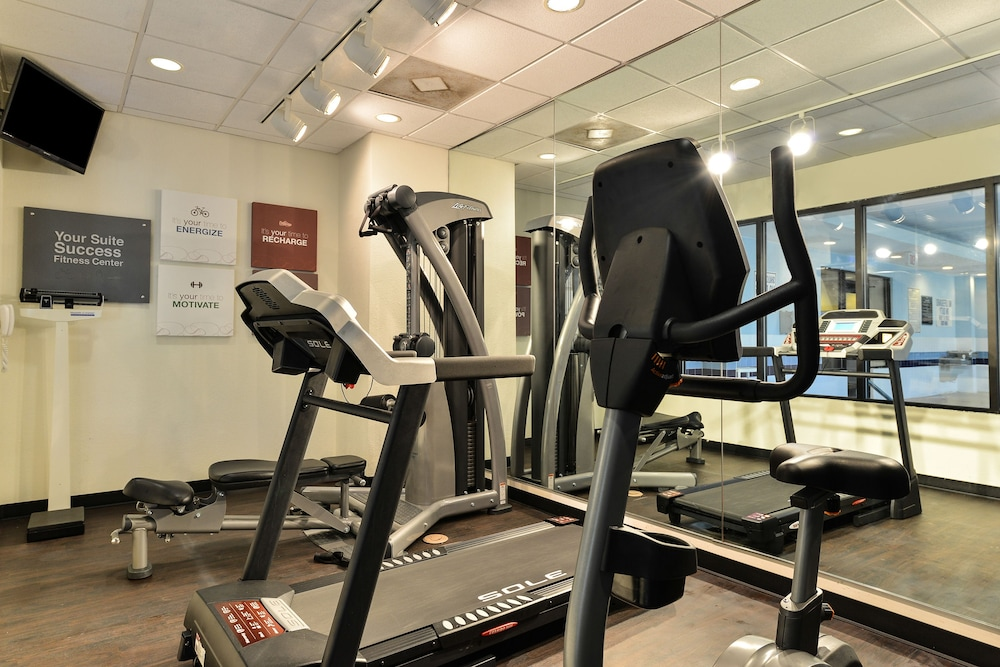 Fitness Facility, Comfort Suites near MCAS Beaufort