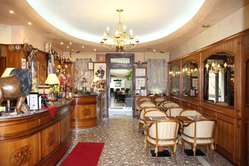 Park Hotel Villa Leon D Oro Noventa Di Piave Ve