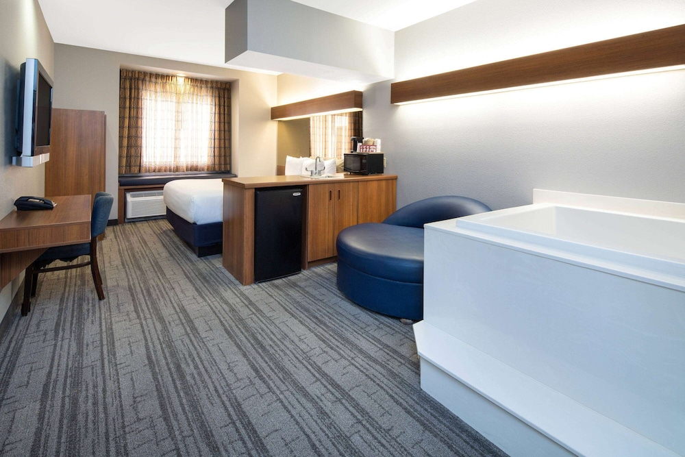 Room, Baymont by Wyndham Las Vegas South Strip
