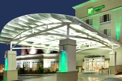 Holiday Inn Hotel & Suites Beckley, an IHG Hotel