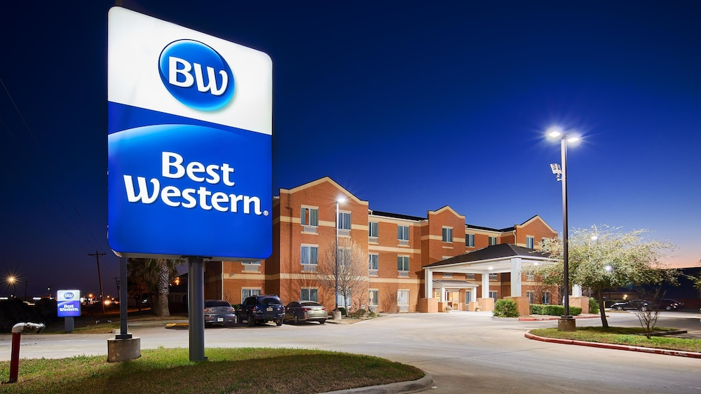 Featured Image, Best Western Lockhart Hotel & Suites