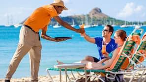 On the beach, white sand, free beach shuttle, sun-loungers