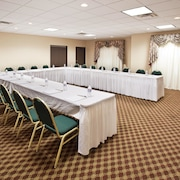 Holiday Inn Express Hotel Suites Franklin Oil City