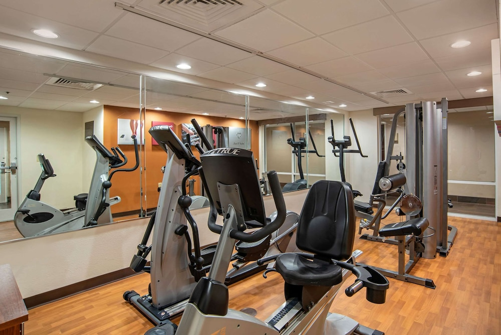 Fitness Facility, Comfort Suites Foley