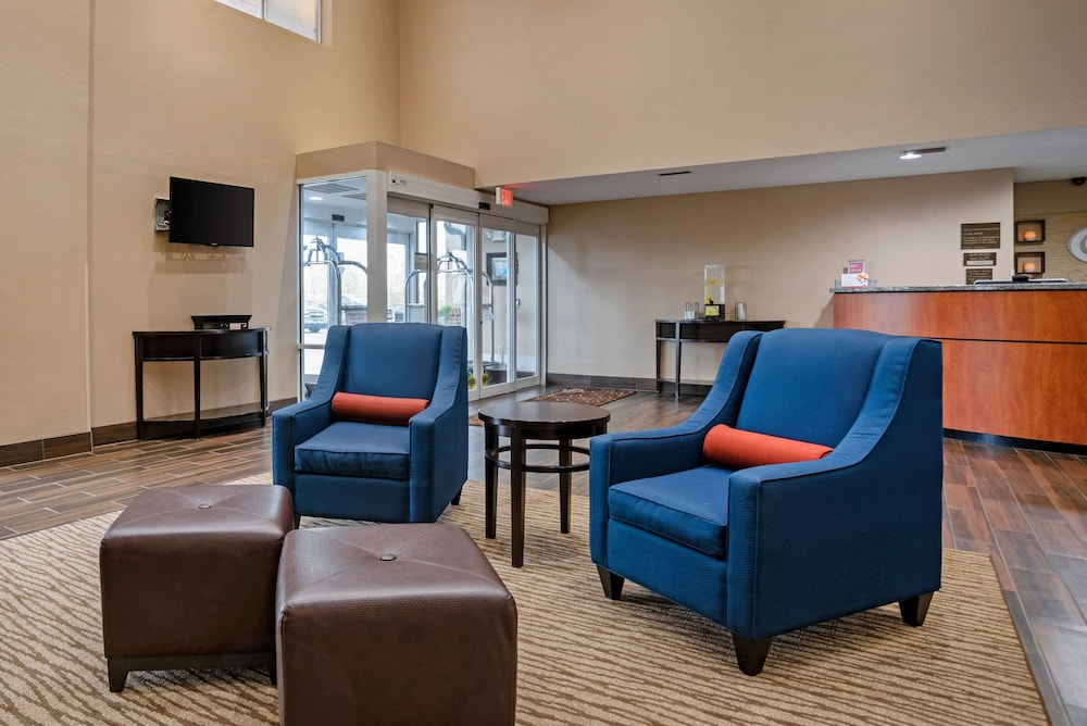 Lobby, Comfort Suites Foley