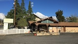 Holiday Lodge - Grass Valley Hotels