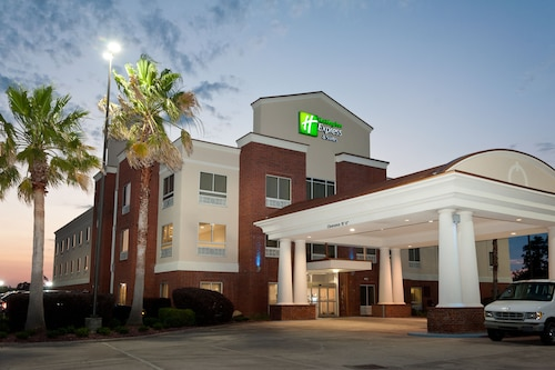 Great Place to stay Holiday Inn Express Hotel & Suites Scott - Lafayette West near Scott