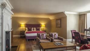 Egyptian cotton sheets, hypo-allergenic bedding, in-room safe