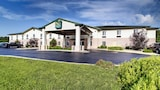 Quality Inn Near Fort Riley - Junction City Hotels