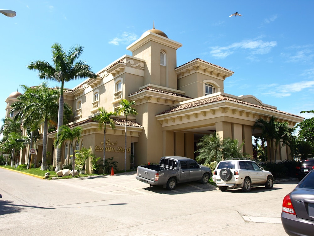 Front of Property, Hotel Quinta Real