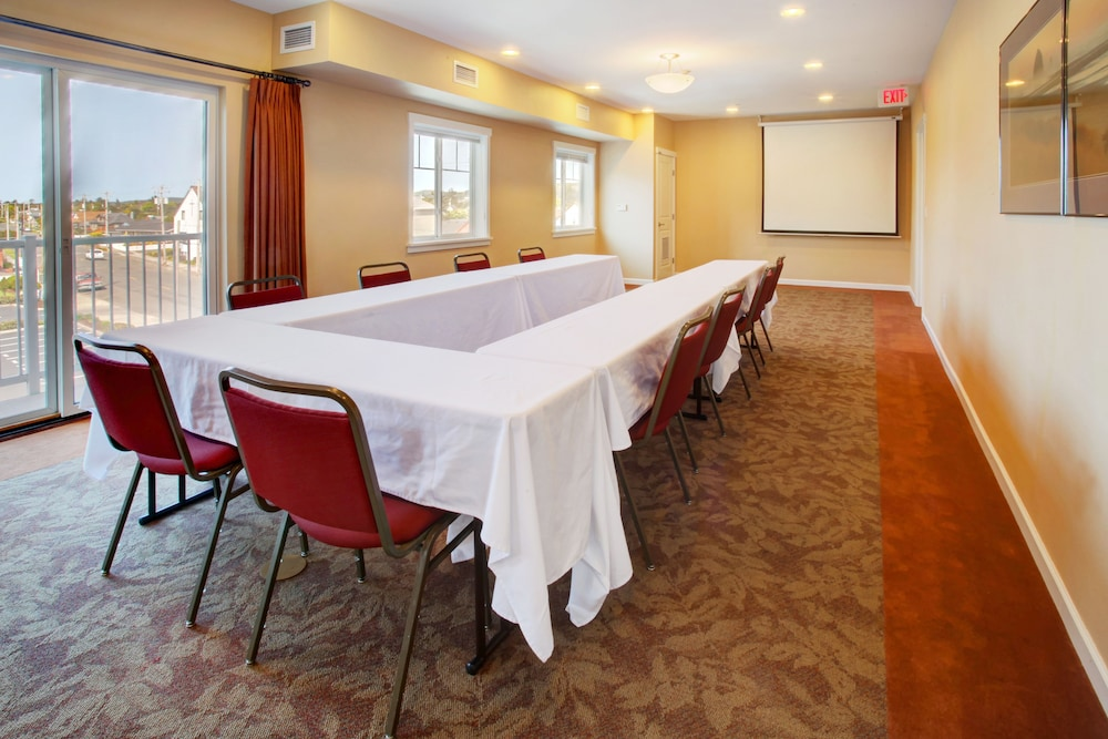 Meeting Facility, Rivertide Suites Hotel