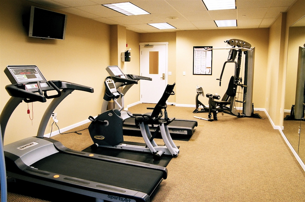 Fitness Facility, Rivertide Suites Hotel