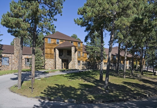 Great Place to stay Sylvan Lake Lodge at Custer State Park Resort near Custer