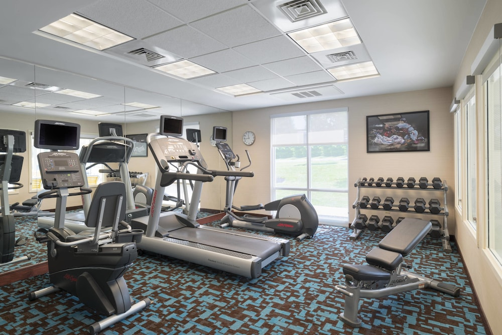 Fitness Facility, Fairfield Inn & Suites by Marriott State College