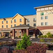 Holiday Inn Express & Suites Gold Miners Inn-Grass Valley