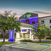 Holiday Inn Express Hotel & Suites Silver Springs - Ocala