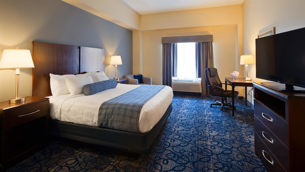 Room, Best Western Plus Waynesboro Inn & Suites Conference Center