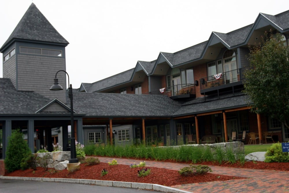 Exterior, Lake Opechee Inn and Spa