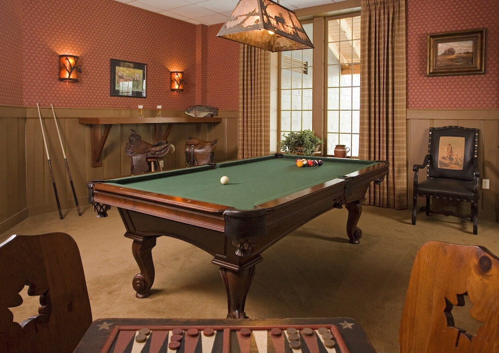 Billiards, Lake Opechee Inn and Spa