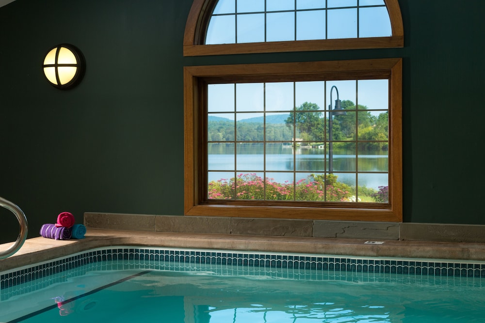 Indoor Pool, Lake Opechee Inn and Spa