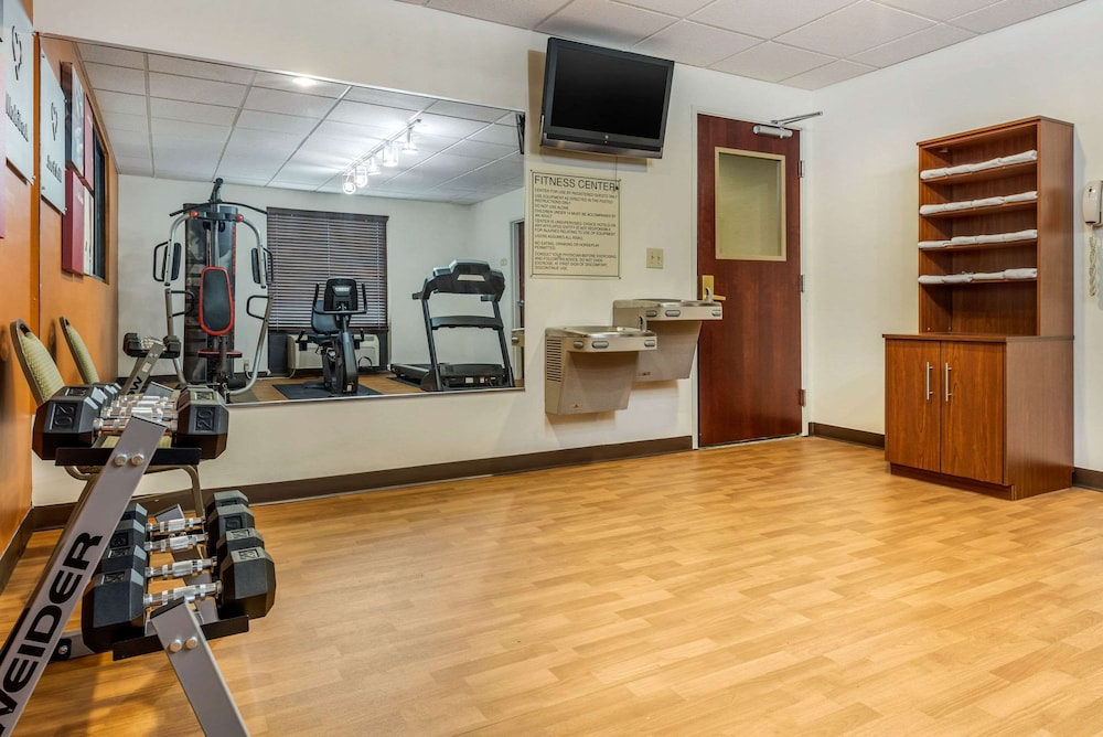 Fitness Facility, Comfort Suites Wright Patterson