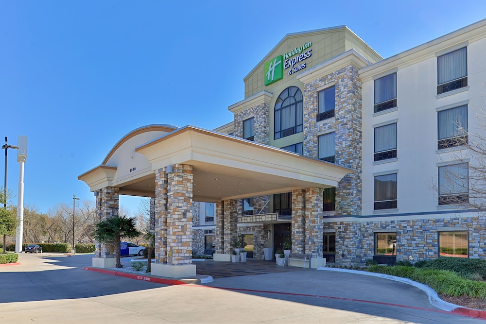 Exterior detail, Holiday Inn Express Hotel & Suites Dallas South - Desoto